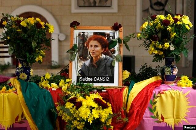 Cô Sakine Cansiz một thành viên của PKK đã thiệt mạng.