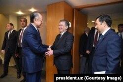 Shavkat Mirziyoyev Jahon Banki rahbari Jim Yong Kim bilan ko'rishdi