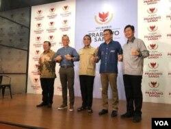Partai-partai politik belum menentukan langkah selanjutnya pasca bubarnya Koalisi Indonesia Adil dan Makmur (foto: VOA/Ghita).