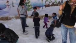 California Kids Get Taste of Winter at Museum