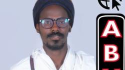 """""""Qabeenna,jabeenna fi Qarooma keenna biyyaan walti naqachuuf Kitaaba Abuuruu Barreesse"""""""