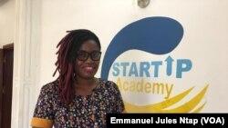 Christelle Gachoup, coordonnatrice de StartUp Academy, à Yaoundé, le 20 avril 2020. (VOA/Emmanuel Jules Ntap)