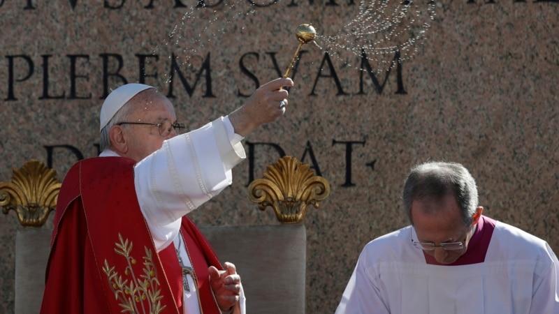 папа франциск осудил взрыв коптской церкви египте