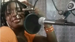 Virginie Dembele, be kumala Salif Keita ye a Weleli munke kana Uka Koncert ke Gnonkon Fe