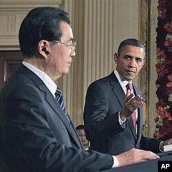 Les présidents Obama et Hu lors de leur conférence de presse conjointe du 19 janvier 2011