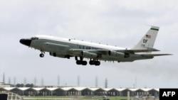 미 공군의 통신감청용 리벳 조인트 (RC-135W) 정찰기. (자료사진)