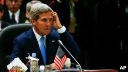 Ngoại trưởng Mỹ John Kerry tại Hội nghị Thượng đỉnh ASEAN ở Bandar Seri Begawan, Brunei, ngày 9/10/2013.