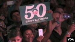 Sa proslave 50-tog rodjendana Baracka Obame u Chicagu, 08. 03. 2011.