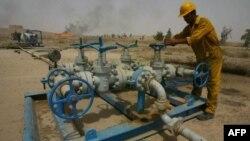 تاجران افغان میگویند که سرمایه گذاری در بخش نفت میتواند افغانستان را به خودکفایی برساند