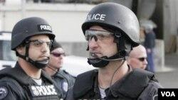 Badan Urusan Imigrasi dan Pabean Amerika (ICE) memfokuskan deportasi pada para pelaku kejahatan.