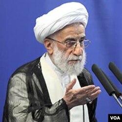 Ayatollah Ahmad Jannati mengatakan, eksekusi tidak perlu dilakukan.