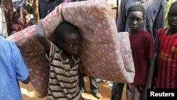Raseljena deca u kampu Ujedinjenih nacija u Južnom Sudanu