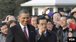 Presiden AS Barack Obama dan Presiden Tiongkok Hu Jintao dalam upacara kehormatan di Gedung Putih, Rabu 19 Januari 2011.