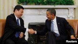 지난해 2월 미국 백악관에서 바락 오바마 미국 대통령(오른쪽)이 당시 중국 국가 부주석으로 미국을 방문한 시진핑과 회담했다.
