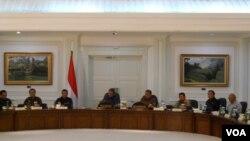 Presiden Susilo Bambang Yudhoyono memimpin sidang paripurna kabinet di Jakarta, 4 June 2014. (VOA/Andylala Waluyo)