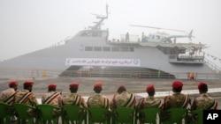 이란 해군이 지난달 13일 공개한 신형 구축함. (자료사진)