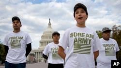 Demontranti ispred zgrade Kapitola traže reformu imigracionog sistema u Americi