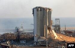 Beyrut Limanı'nda hasar gören silolardan biri