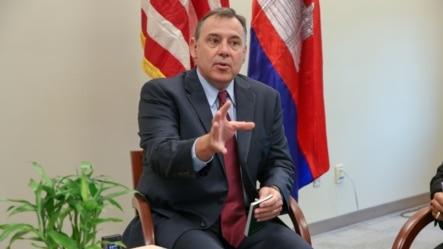 William A. Heidt, U.S. Ambassador to the Kingdom of Cambodia, gives interview with VOA Khmer at U.S. Embassy in Phnom Penh, Cambodia on February 10, 2016. (Nov Povleakhena/VOA Khmer)