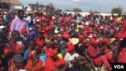 Abalandeli bebandla le MDC.