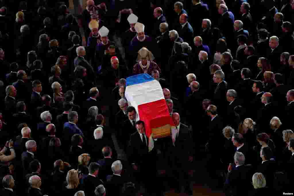 Paris - Fransanın sabiq prezidenti Jak Şirakın dəfn mərasimi