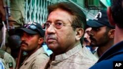 Mantan Presiden Pakistan Pervez Musharraf akan diadili atas tuduhan pengkhianatan, yang bisa dikenai hukuman mati (foto: dok).