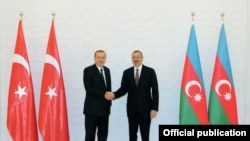 Türkiyənin prezidenti Rəcəb Tayyib Ərdoğan və Azərbaycan prezidenti İlham Əliyev