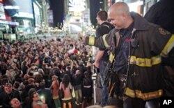 Times Square peu après l'annonce de la mort de Ben Laden