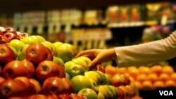 Los productos que mayor variación tuvieron sus precios fueron el pollo, el tomate, la cebolla y la carne de res.
