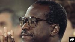 Sudija Klarens Tomas na pretresu o potvrdi njegove nominacije za Vrhovni sud u oktobru 1991.