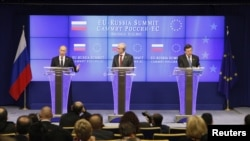 From left: Russia's President Putin, EU Council President Van Rompuy and European Commission President Barroso, EU-Russia Summit meeting, Brussels, Dec. 21, 2012.