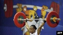 Augustina Nwaokolo của Nigeria giành huy chương vàng đầu tiên ngày hôm tại New Delhi, Ấn Ðộ, ngày 4/10/2010