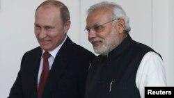 Президент России Владимир Путин с премьер-министром Индии Нарендрой Моди. Нью-Дели. 11 декабря 2014 г.