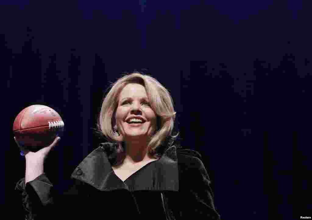 Soprano Renee Fleming speaks at the Super Bowl half time press conference in New York, Jan. 30, 2014.