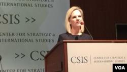 美國助理商務部長沃爾什在國際戰略與研究中心發表講話(美國之音莉雅拍攝)