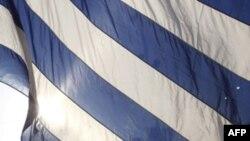 Ekspertët: Greqia mund të ketë nevojë për $20 miliardë likuiditete