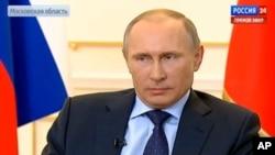 普京說,被推翻的亞努科維奇總統仍然是烏克蘭合法領導人