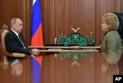 Vladimir Putin i Valentina Matviyenko