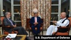حکومت وحدت ملی افغانستان، در نتیجۀ وساطت جان کری وزیر خارجۀ ایالات متحده به میان آمد
