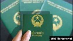 Hộ chiếu Việt Nam bị xếp thứ 90 trong số 94 quốc gia trong bảng xếp hạng Chỉ số Giới hạn Thị thực của Henley and Partners.