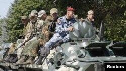 Para tentara separatis pro-Rusia melakukan latihan militer di Luhansk, Ukraina timur (foto: ilustrasi).