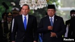 Perdana Menteri Australia Tony Abbott bersama Presiden Susilo Bambang Yudhoyono di Jakarta, September 2013. (Reuters/Beawiharta)
