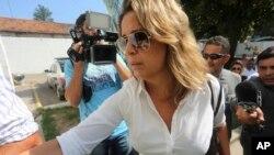 La Justicia también expidió una orden de detención provisional contra el policía Sergio Gomes, de 29 años, acusado de ser el autor material del homicidio y quien dijo ser amante de la esposa del diplomático.