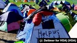 Migrants, in Greek Encampment, Await Permission for Next Step