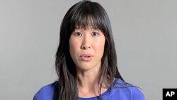 인터넷에 공개한 동영상에서 탈북자 북송 중단을 촉구하는 로라 링 기자.