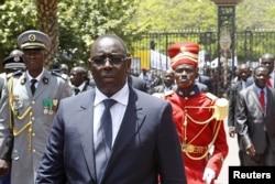Le nouveau chef d'Etat sénégalais Macky Sall après son investiture