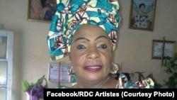 "Comédienne Jacqueline Shako Diala Anahendo ayebana na nkombo ya ""Mama Shako"" awei, photo etiamaki na Facebook ya Rdc Artistes le 17 mai 2020. (Facebook/RDC Artistes)"