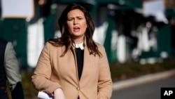Pòtpawòl Administrasyon Prezidan Trump la, Sarah Huckabee Sanders. AP/Evan Vucci