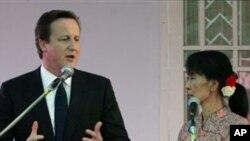Thủ tướng Anh David Cameron đã mời người phụ nữ đoạt giải Nobel Hòa bình này đến thăm Anh Quốc khi ông thăm bà ở Miến Điện hồi tháng tư