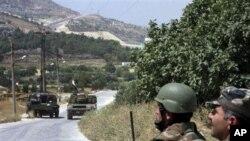 سهربازانی سوریا به پشتیوانی تانک و ههلیکۆپتهر دهستیان به سهر شارێکی باکوری وڵاتهکهدا گرتهوه
